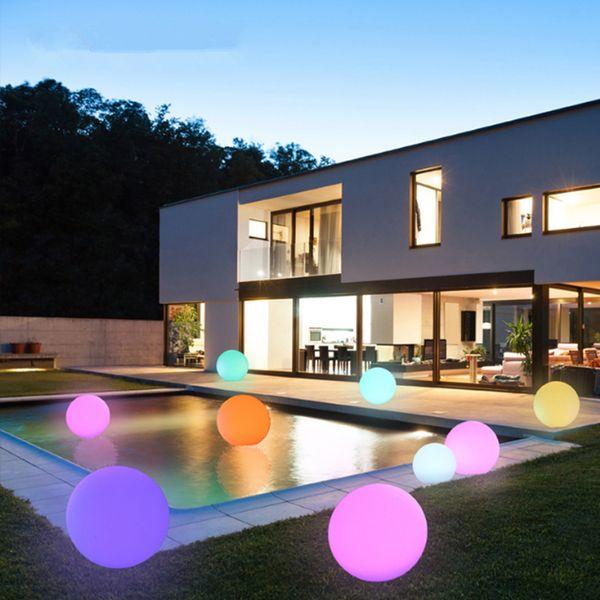 Moda RGB LED luces de la noche de la bola 16 colores cambian IP68 luces de la vanidad flotante a prueba de agua para césped jardín decoración de la piscina