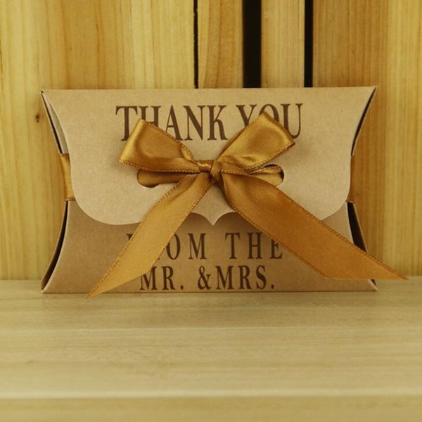 Pillow Shape Wedding Favor Kraft Paper Thank you Wedding Supplies Chocolate Candy Boxes Gift Box with Ribbon