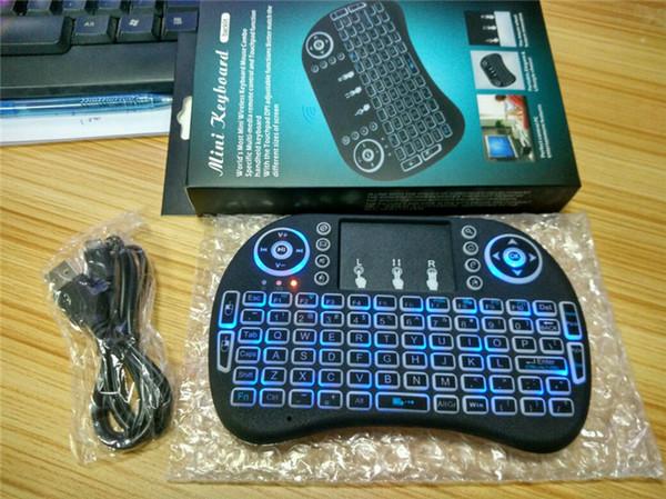 Rii i8 Mini tastiera con telecomando per telecomando a distanza con touchpad Retroilluminazione Controllo wireless per Android Smart TV Box MXQ M8S X96 T95 X92 HTPC PS3