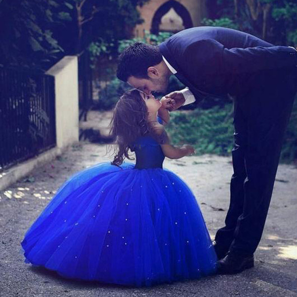 Cute Royal Blue Ball Gown Girls Pageant Dresses Off Shoulder Tulle Floor Length Toddler Birthday Dresses Party Dresses Cupcake