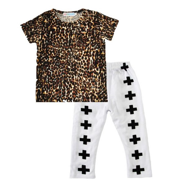 Chirldren 2017 summer boys suit children's short-sleeved leopard t-shirt+cross pants 2 Pcs Set Kids Boutique Clothing B4757