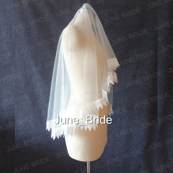 Real Photo Cheap but High Quality One Layer Lace Appliqued Edge Fingertip Bridal Veils Light Ivory Tulle Wedding Veil Free Shipping