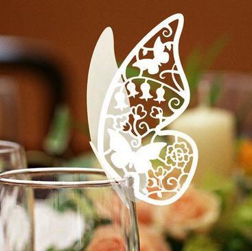 120pcs Laser Cut Butterfly Place Carte Carte Coupe du verre de vin carte pour la table de fête de mariage Décoration # z110