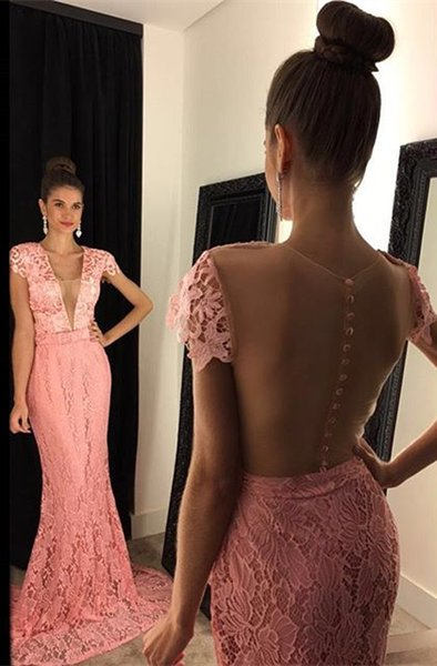 2017 Modest V Neck Applique Lace Prom Dresses Blush Pink Mermaid Sweep Train Formal Evening Event Wears Trumpet Pageant Party Gowns