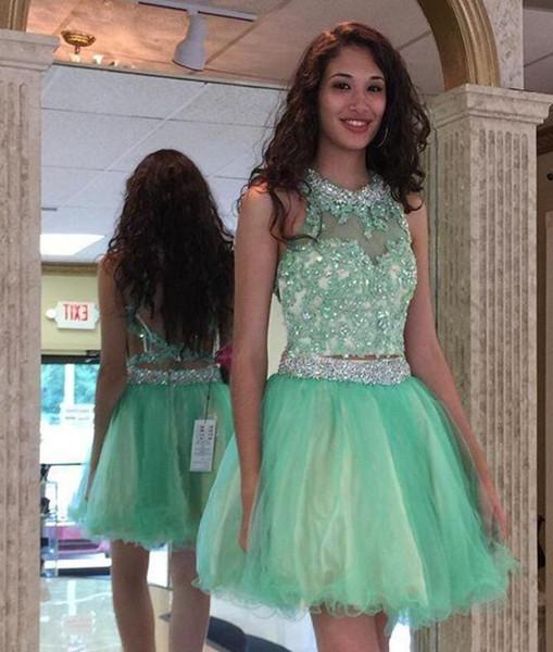 2017 Mint Green Vestidos de dos piezas Vestidos de Fiesta Halter Sin espalda Lentejuelas Cristal con cuentas Nuevo diseñador Short Graduation Party Prom Gowns