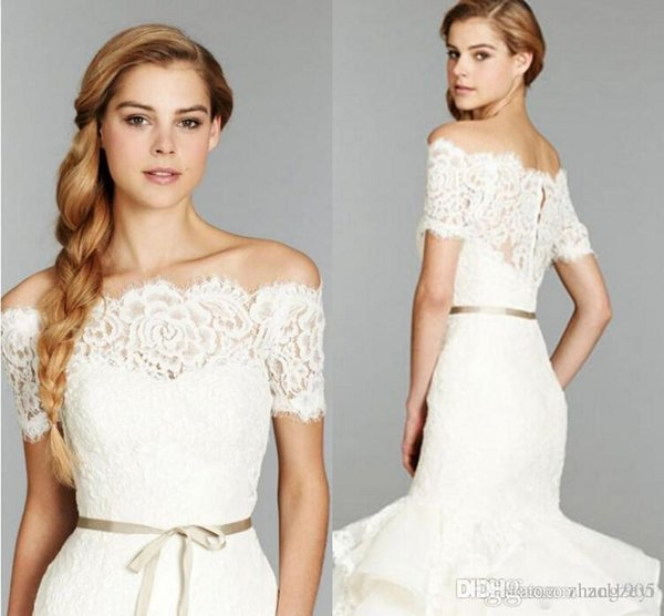 Hot Selling Bridal Shrug Bride Wraps Wedding Accessories Shawl Cheap Off Shoulder Lace Bolero Jacket Covered Button Jackets 2017