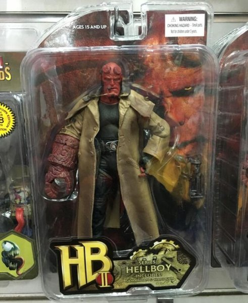 """MEZCO Hellboy 2 Styles PVC Action Figure Collectible Model Toy 7"""" 18cm Best Christmas Gift for Kids"""