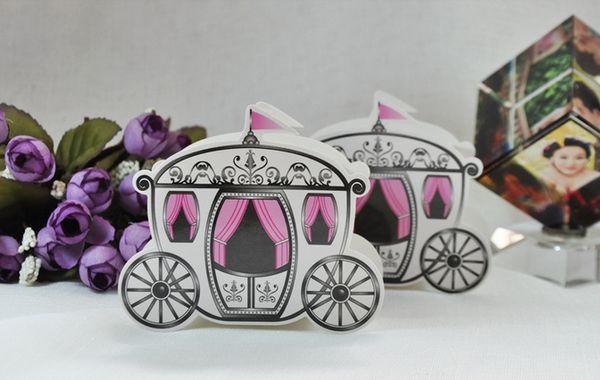Atacado-50pcs bonito Enchanted Carriage Favor Boxes caixa de doces de casamento doce caixa de açúcar festa de casamento FAVOR presentes