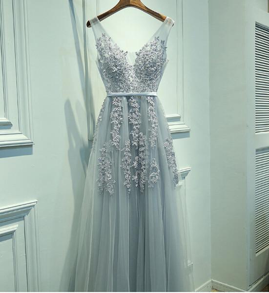 Disponibile! 2017 Nuovo scollo a V Tulle Una linea Prom Dresses Applique in rilievo perline da sera abiti da sera con pizzo