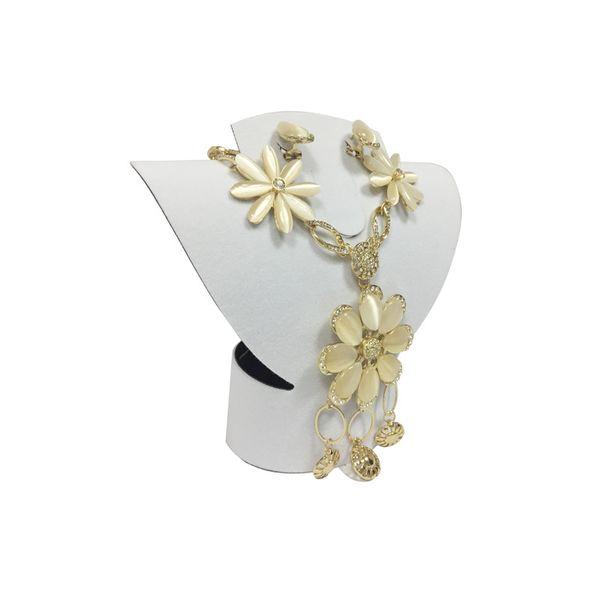 En gros 10 Pcs Mini Pliable Velours En Plastique Ensemble de Bijoux Affichage Rack Bijoux Collier Ras Du Cou Anneau Boucle D'oreille Affichage Buste Stand Blanc Noir