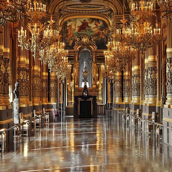 top popular Luxury Palace Wedding Photography Backdrops Vinyl Chandeliers with Candles Vintage Castle Interior Church Photo Shoot Backgrounds for Studio 2019