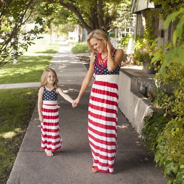 Madre e figlia vestite Dots strisce Bandiera madre figlia abbina abiti Vestiti ragazze slim senza maniche abiti lunghi Kids Sundress