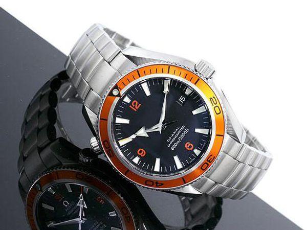 2017 Hot Mens Luxury Watch Hombre 42mm Bisel naranja 2209.50.00 Planet Ocean Professional Dial negro Relojes automáticos CO-AXIAL para hombre