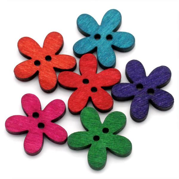 Toptan Karışık Rastgele Çiçekler Ahşap Düğmeler 20x20mm 100 adet / grup Boyalı Ahşap Karikatür Düğmeler çocuk Aksesuarları