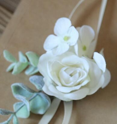 bridemaid wrist flowers