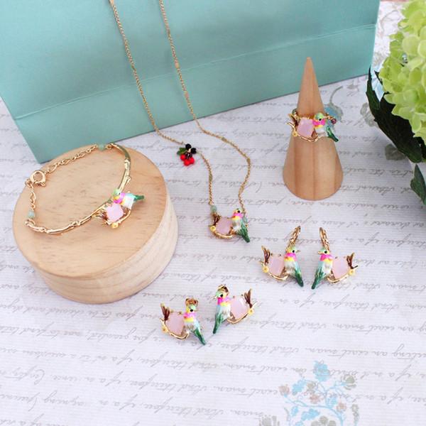 Wholesale Beautiful beautiful copper gold-plated bird hummingbirds necklace earrings bangle set