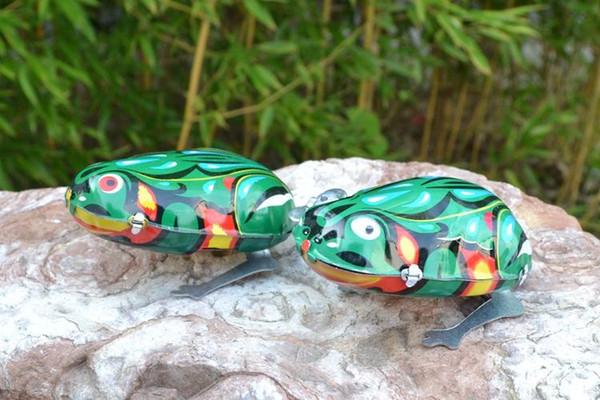 Çocuk oyuncakları zinciri üzerinde saat teneke teneke kurbağa nostaljik bebek oyuncakları Doğum Günü Günü Hediyesi madde