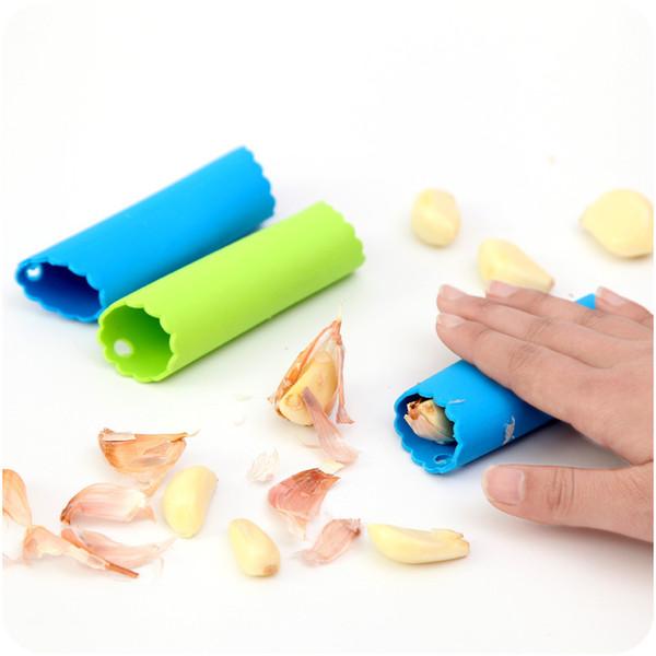 Garlic Peeler Practical Utility Kitchen Silicone Gadget Creative Garlic Stripper Tube Peeling Garlic Peeling Free Shipping