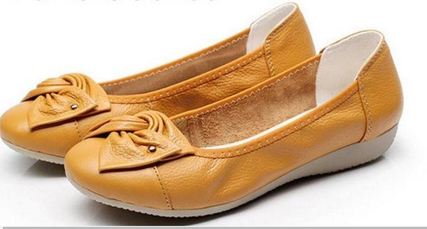 The spring and autumn period and the new light mouth single shoes soft bottom flat shoes with set foot woman FuRuiSource