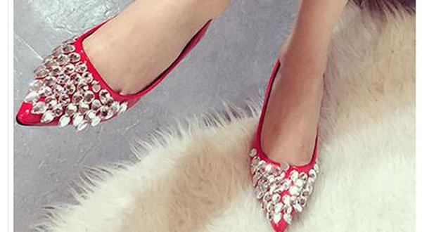The new 2017 diamond tip flat shoes lighter and comfortable shoes