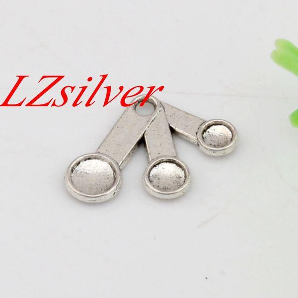Ventas calientes ! 200pcs plata antigua de aleación de zinc de una cara de cucharas que cocinan la cocina del cocinero del encanto de la joyería DIY 21x14.5mm A-453 Medición