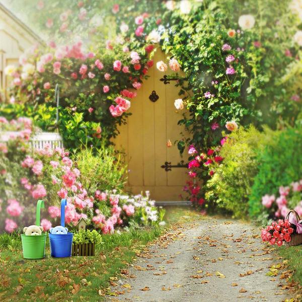 Fondos de jardín de flores de primavera para la boda Rosas románticas rosas Plantas verdes Fondo de escenario floral escénico Fotografía
