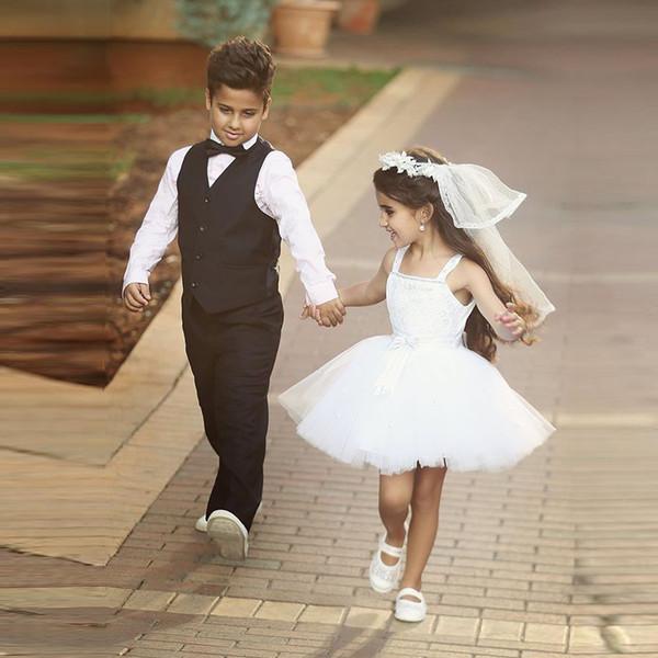 White Ball Gown Beaded Lace Mini Flower Girl Dresses for Bohemia Beach Wedding 2017 Spaghetti Short Kids Birthday Party Dresses Custom Made