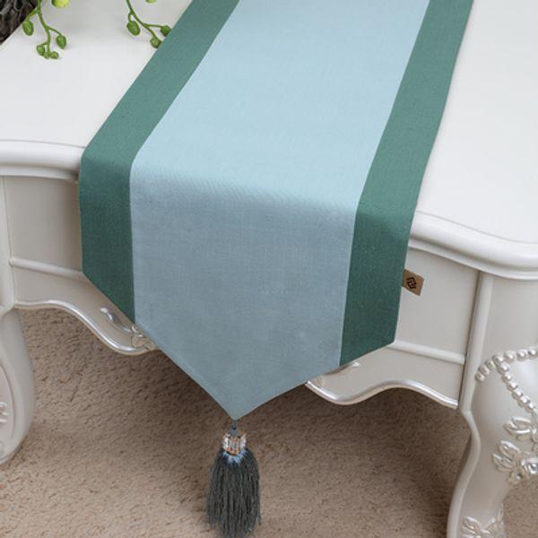 light green 300 x 33 cm