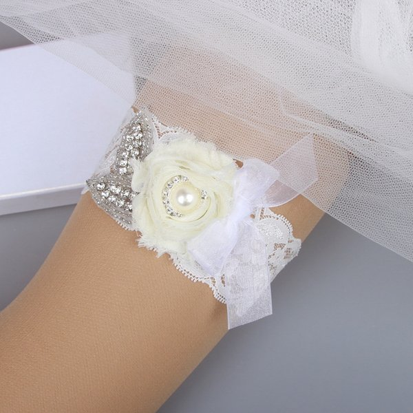 Wedding Bridal Garter Lace with Iovry Flower Free Shipping Bridal Wedding Garter Set Belt Ivory Cheap Prom Leg Garter 2017 In Stock