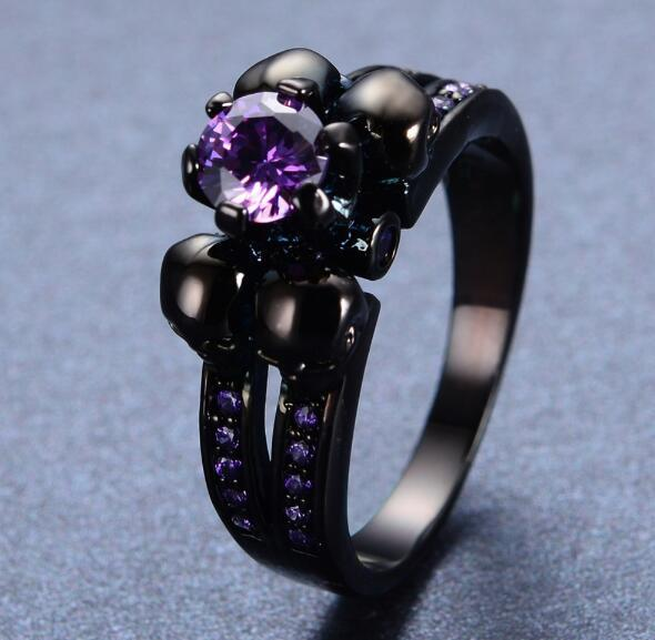 2017 Latest Fashion Amethyst Skull Ring Black Gold Filled Vintage Jewelry Wedding Rings For Men And Women Bijoux