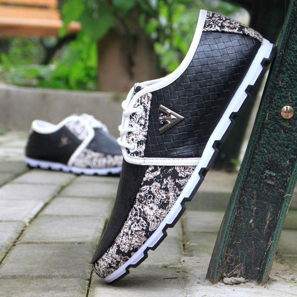 Chaussures de qualité supérieure en cuir de vachette faites à la main pour hommes en cuir véritable Doug chaussures de sport, chaussures de conduite décontractées pour hommes