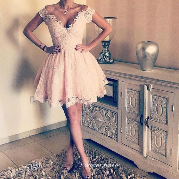 Gorgeous Light Pink Lace Short Prom Dress A Line Deep V Neck Women Wear Special Occasion Formal Cheap Cocktail Party Dress Plus Size