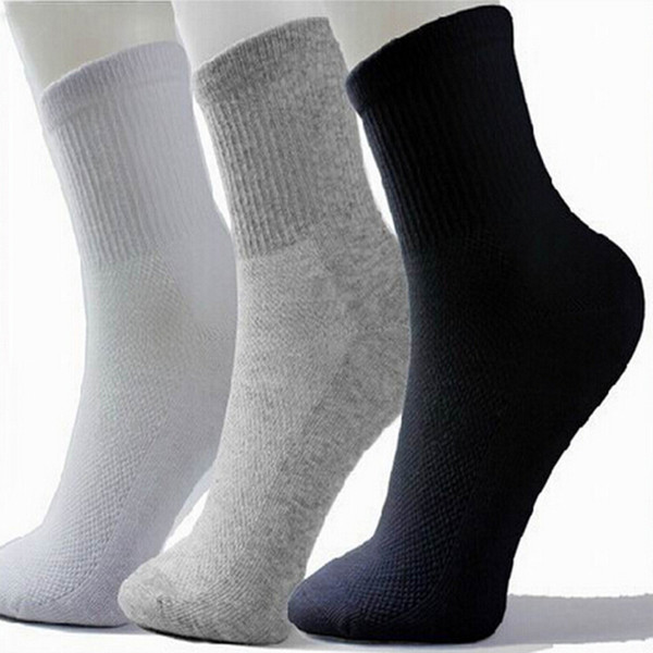 best selling Hot Men Athletic Socks Sport Basketball Long Cotton Socks Male Spring Summer Running Cool Soild Mesh Socks For All Size free shipping