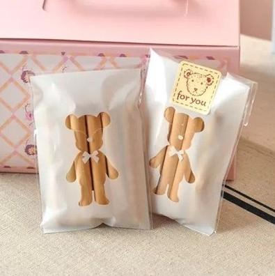 Großhandels-100pcs 7x10 + 3cm weißer Bär-Bäckerei-Plätzchen-Süßigkeit süße Keks-Geschenk-Seifen-Bevorzugung Cello selbstklebende OPP Plastiktasche-Baby-Dusche
