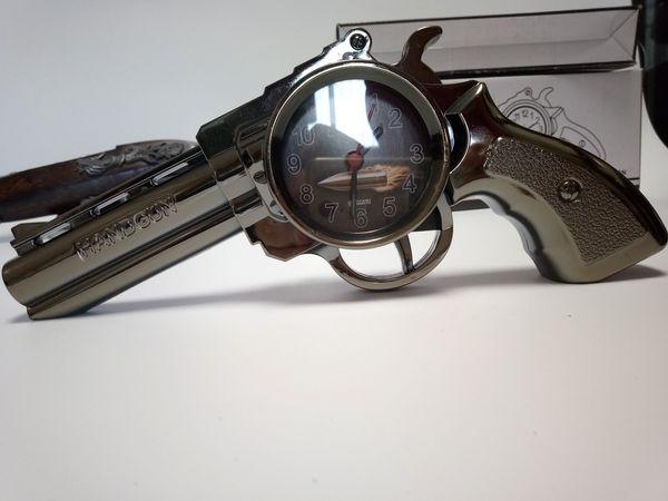 Despertador do escritório y em casa mesa forma mão arma __fast grátis