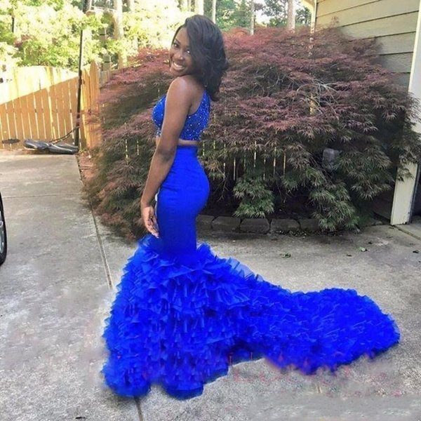 Elegant Two Piece Royal Blue Mermaid Prom Dresses Long Halter Neck Appliques Beaded Prom Party Dress Cheap Formal Evening Gowns