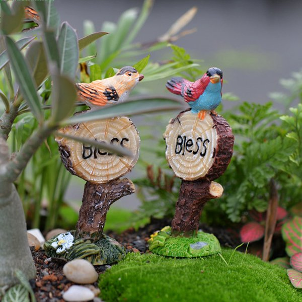 2pcs Zakka Bird Signpost Resin Craft Small Fairy Garden Miniatures Succulent Bonsai Tools terrarium Figurines Micro Landscape Jardin Gnomes