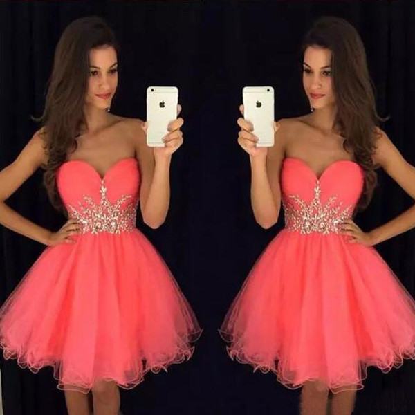 best selling Gorgeous Short Homecoming Dresses Coral Pink Tulle Party Dress Sweetheart Sleeveless Crystals Cheap Custom Made Graduation Prom Dress