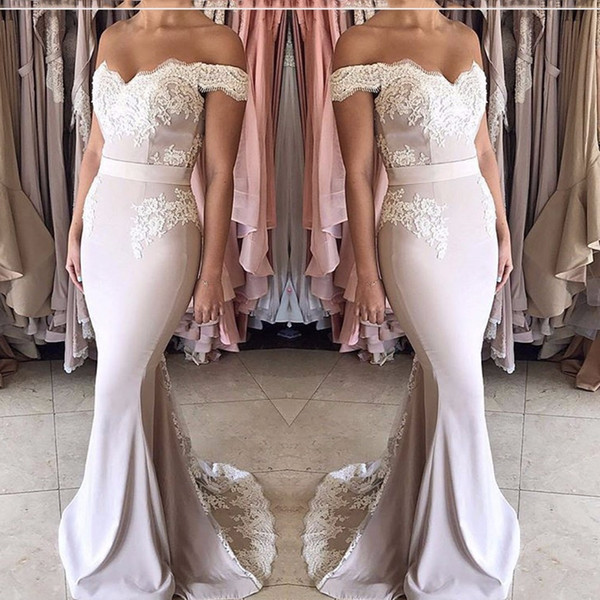 2017 Blush Pink Wedding Party Dresses Off the Shoulder Sweetheart Appliqued Lace Short Sleeve Mermaid Bridesmaid Dresses