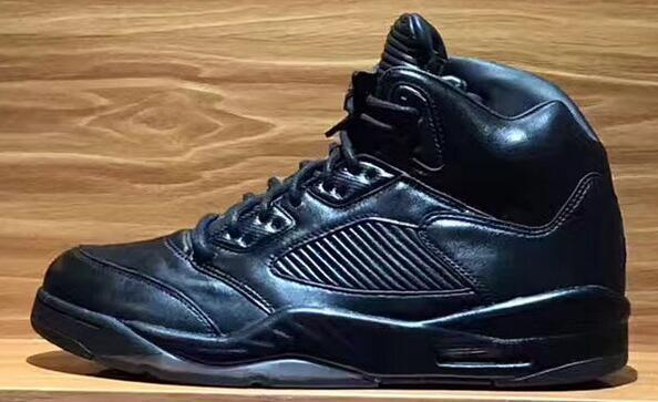 with box 5 V PREMIUM TRIPLE BLACK FLIGHT SUIT WEST RED SUEDE Raging Bull 3m Olympic Gold Basketball Shoes 5s Mens Sports Shoes Boots Sneaker