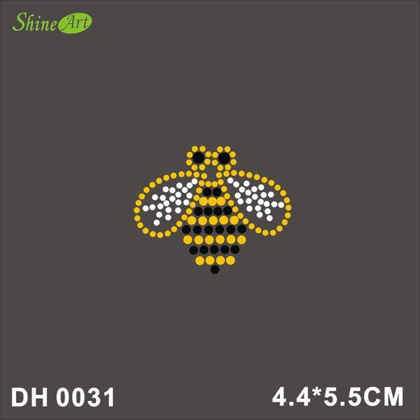Free shipping Rhinestone Crystal Iron On T Shirt Design Transfer - Bee Wasp DIY DH0031