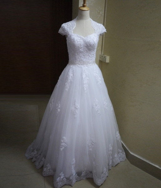 New Bride Dresses Sweetheart White Lace Wedding Gowns Cap Sleeves Appliques Beads Vestidos de Novia Court Train Open Back Bride Dresses