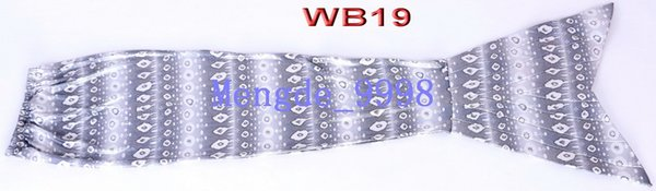WB19-White/Gray Flower Pattern