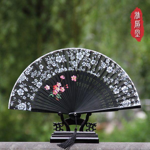 Ventaglio pieghevole dipinto a mano di alta qualità del ventilatore cinese di Hangzhou di seta delle piccole donne