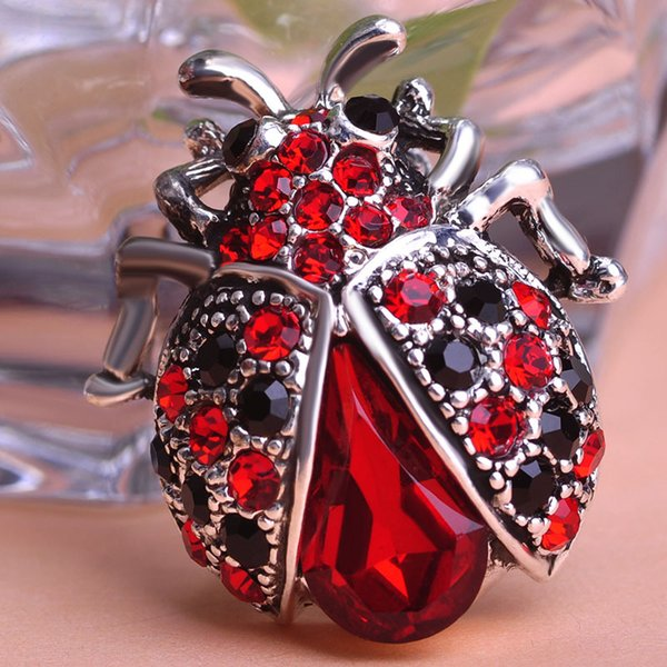 Wholesale- Blucome Silver Plated Red Women Lovely Insect Scarf Jewelry Clips Pins Rhinestone Crystal Paved Small Cute bijoux broche