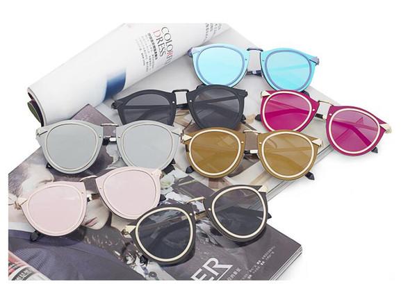 Nueva llegada streetwear 7 colores UV400 Big marco de moda de metal arrow gafas de sol Accesorios de moda mujeres populares hombres gafas 8342