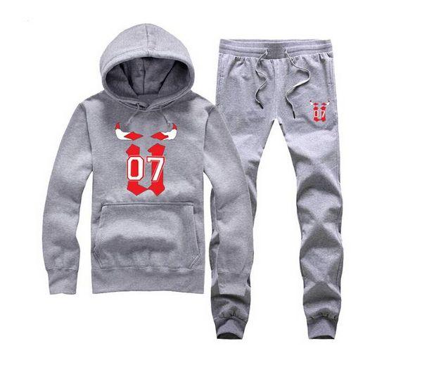 2018 New Fashion Mens Sportswear Casual Felpa Unkut tuta sportiva Tuta Sportiva, Uomo Leisure Outdoor Con Cappuccio Tuta spedizione gratuita 01