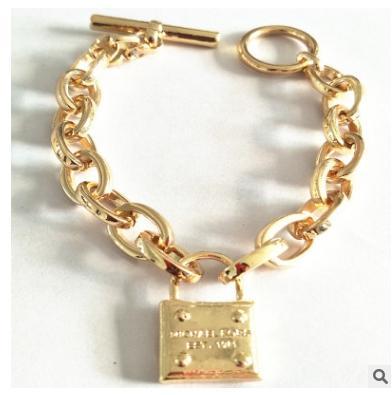 bracelet femme grande marque