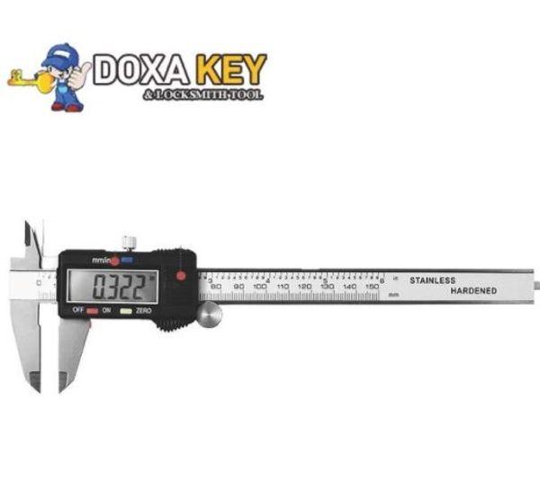 New 0-150mm 6inch digital vernier caliper digital caliper electronic caliper micrometer gauge with plastic box Vernier Calipers