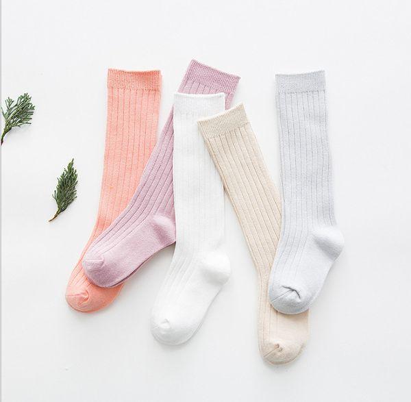 Calze infantili primavera ragazze caramelle colori calzini 2018 nuovi bambini bambino banda calze a maglia bambino bambini ginocchio alta calze di cotone R2682